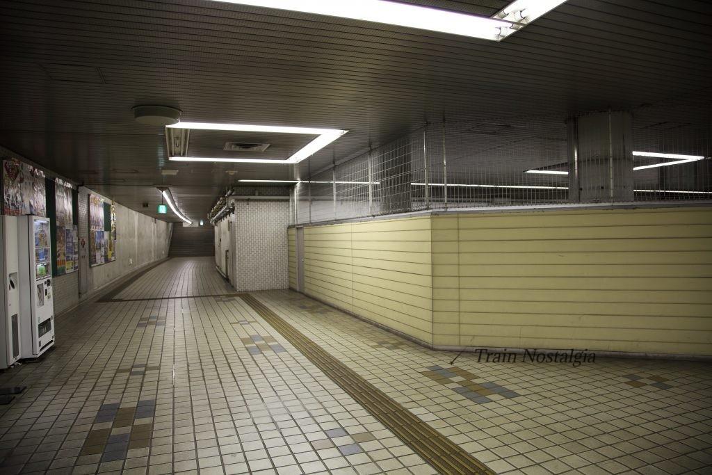 東成田駅ゲート5
