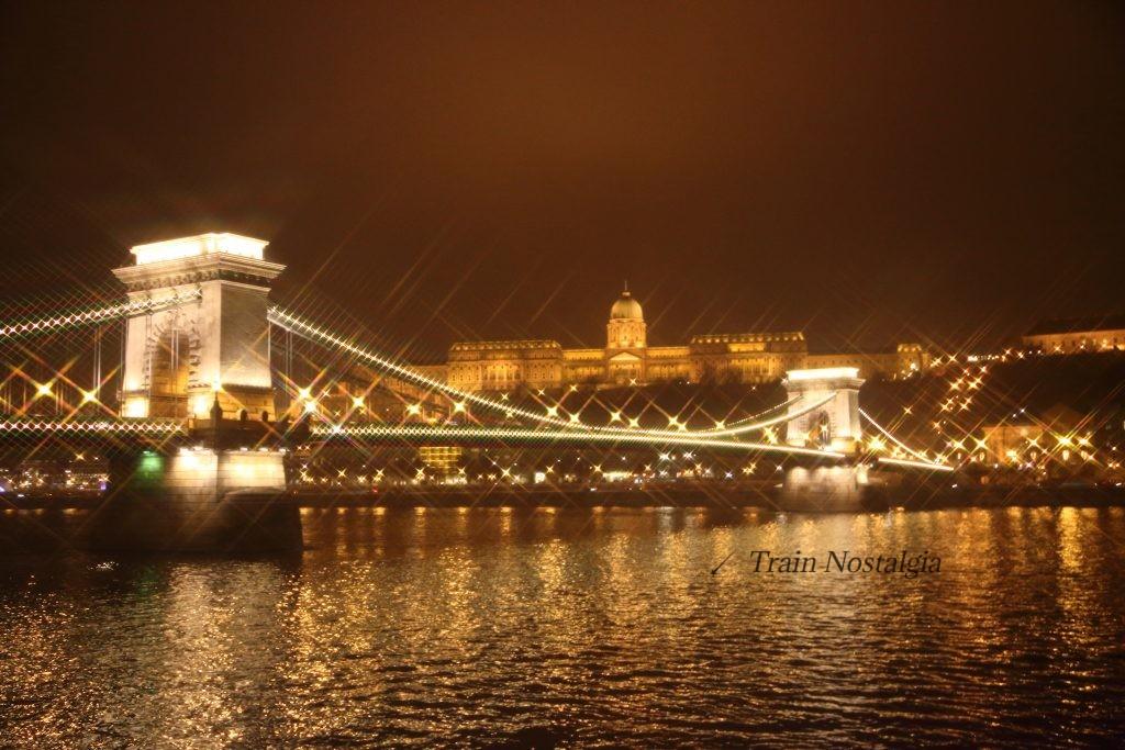 ブダペスト鎖橋夜景