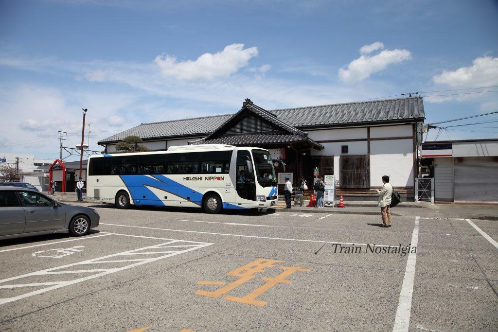常磐線相馬駅代行バス停車中