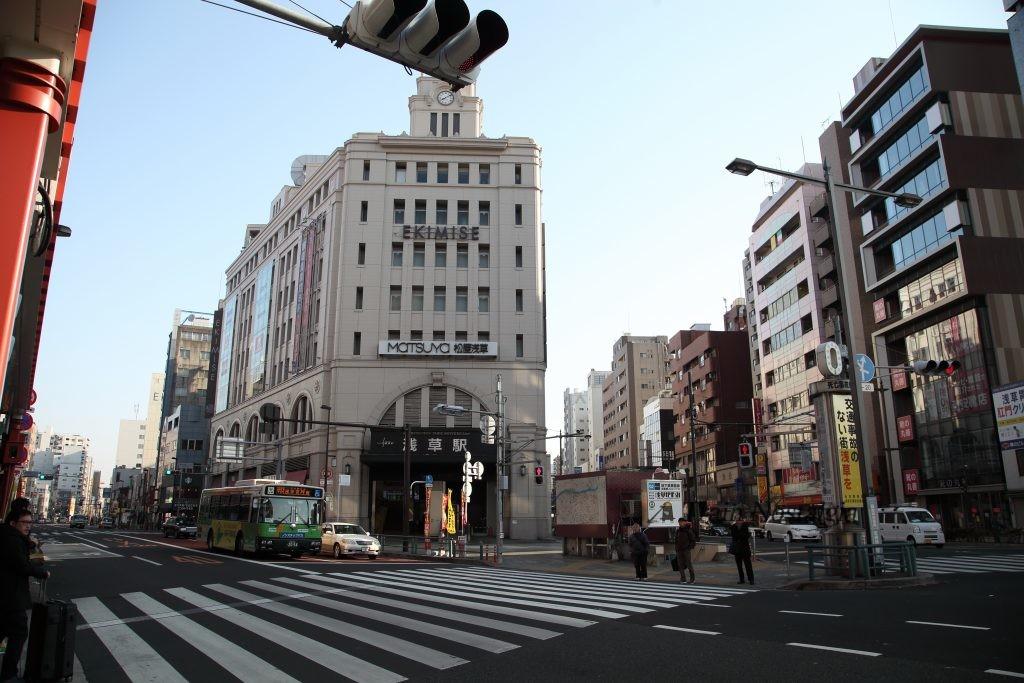 東武鉄道浅草駅駅舎朝