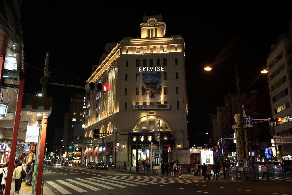 東武鉄道浅草駅駅舎夜