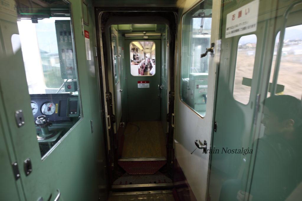 東武鉄道6050系分割前車内