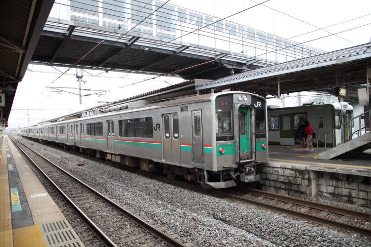 東北本線小牛田駅ホーム