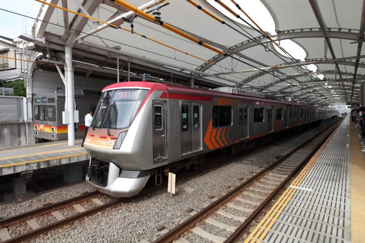 東急大井町線急行列車