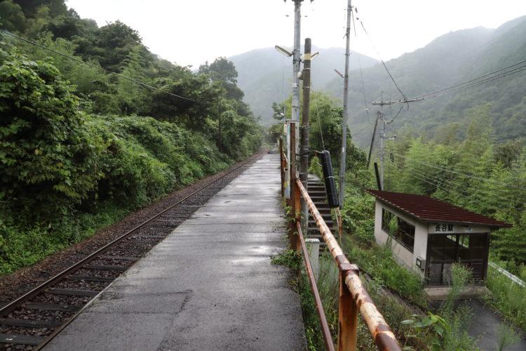 三江線長谷駅ホーム
