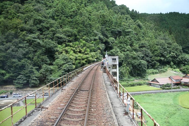 三江線宇都井駅前面展望