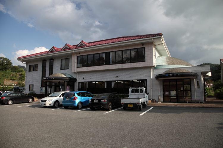 三江線粕淵駅駅舎