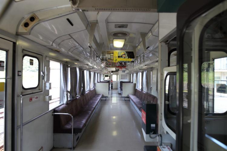 三江線石見川本駅乗客下車後
