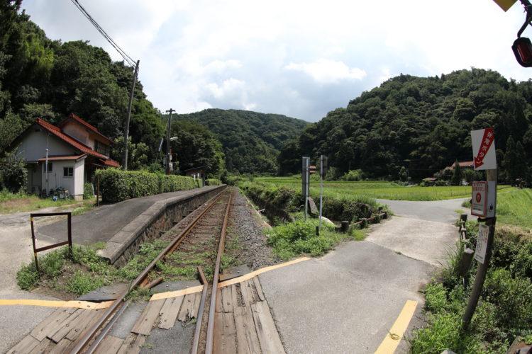 三江線千金駅踏切