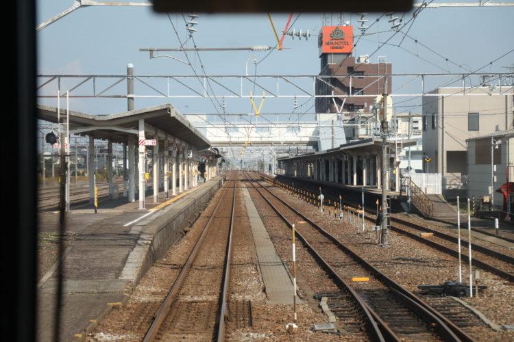あいの風とやま鉄道魚津駅ホーム前面展望