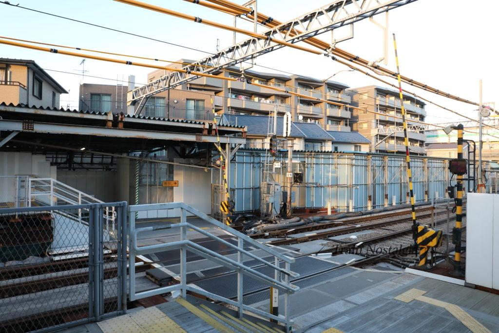 京急大師線産業道路駅構内踏切