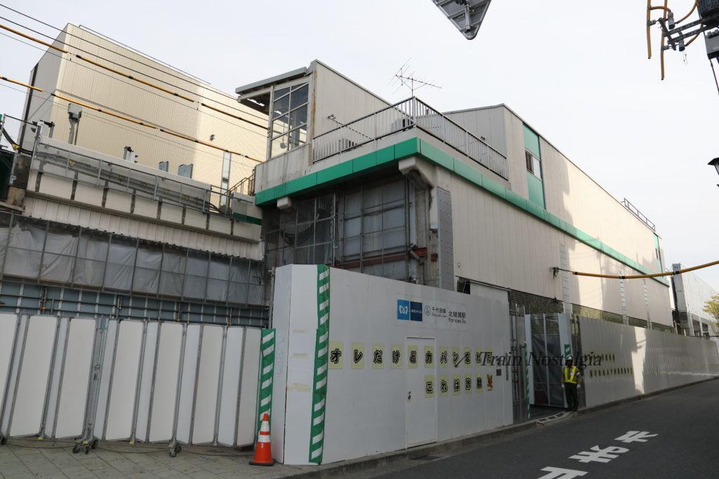 千代田線北綾瀬駅駅舎