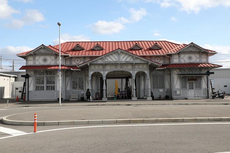 南海本線浜寺公園駅旧駅舎外見