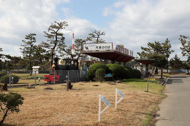 浜寺公園と浪花号