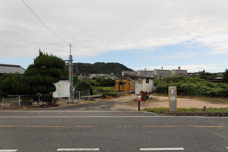小野田線長門本山駅遠景