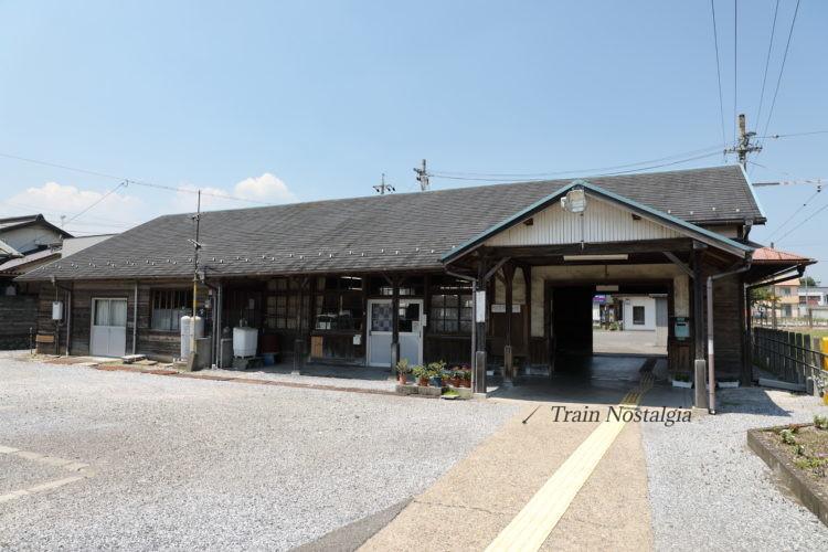 東海道本線美濃赤坂駅駅舎ホーム側