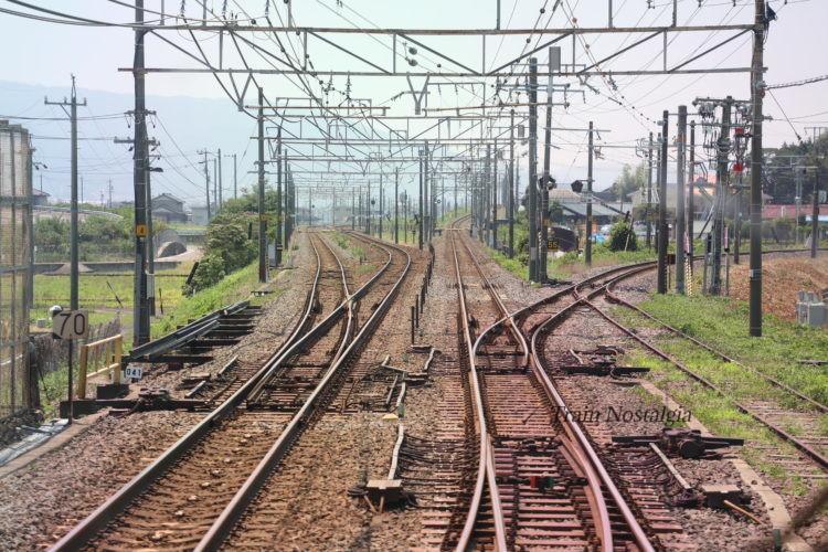 東海道本線南荒尾信号所前面