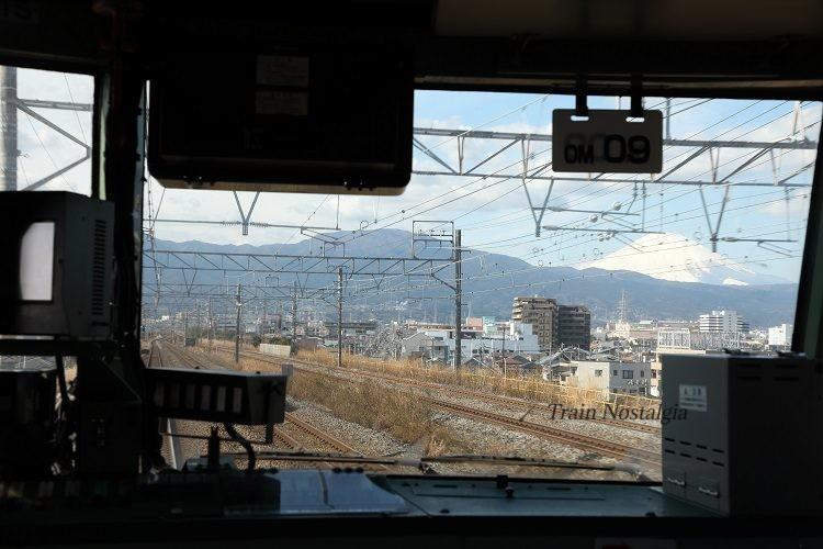 185系前面展望と富士山