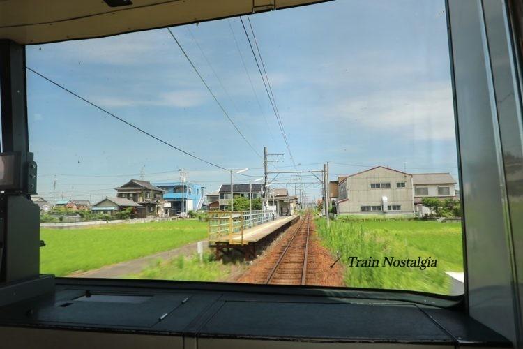 名鉄尾西線五ノ三駅ホーム前面